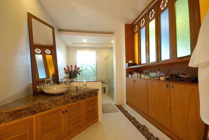 Dormitorio principal en suite con jacuzzi