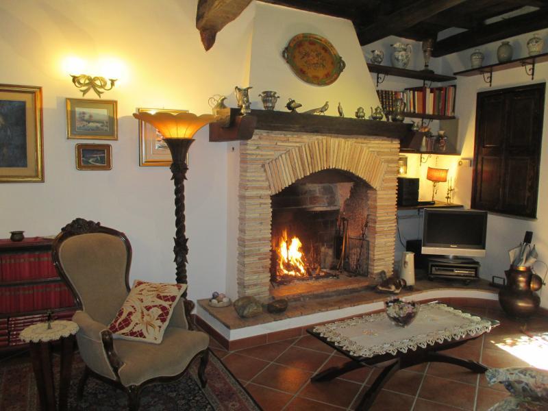 Casa Luisa Borgo Medievale di Mazzano Romano, aluguéis de temporada em Sant'Oreste