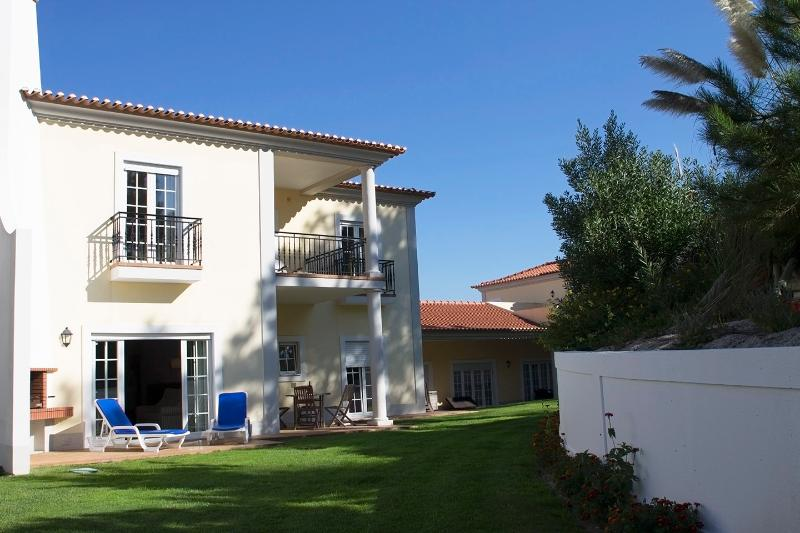 Pinheiros, holiday rental in Carvalhal