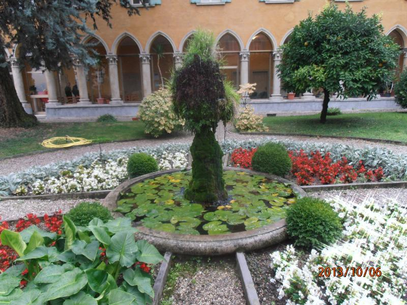 San Tommaso micro climate vegetation all year round a cultural centre with music and free events