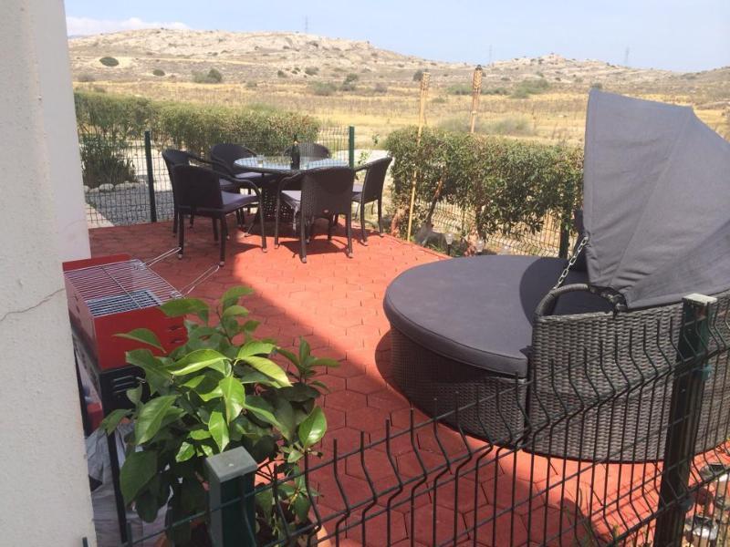 luxury one bedroom, sleeps 4, alquiler vacacional en Bogaz