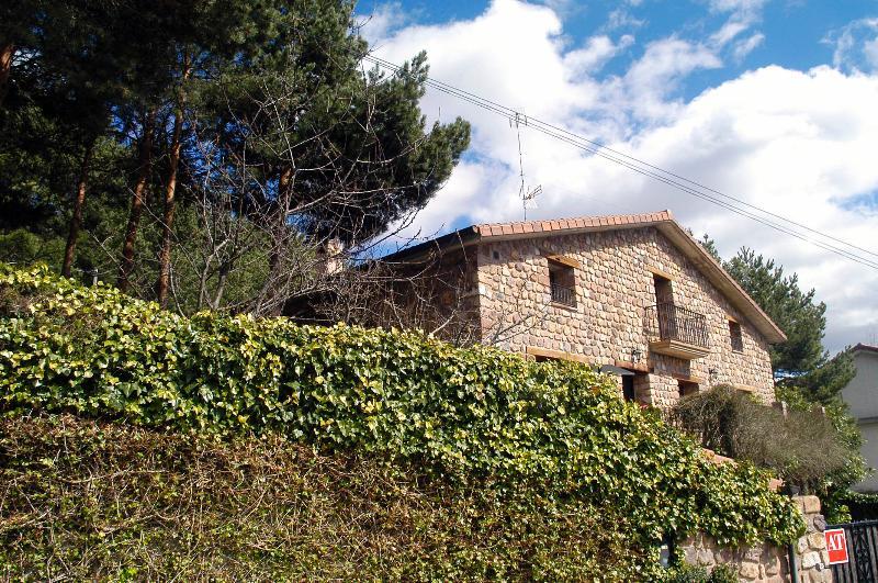 casa con jardin propio de pinares