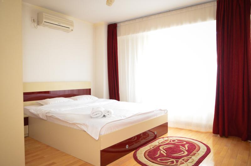 Bedroom Exalco 3 picture1