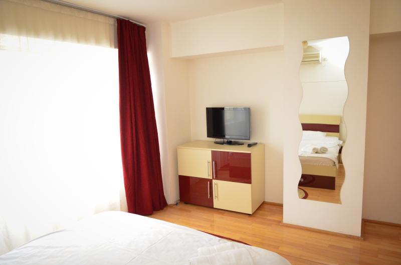 Bedroom Exalco 3 picture2