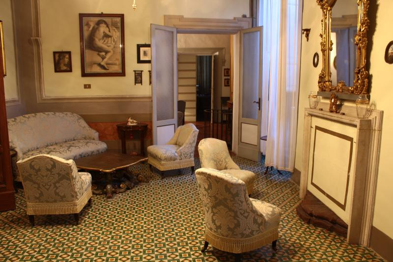 PALAZZO FRANCESCHINI, holiday rental in Ostra Vetere