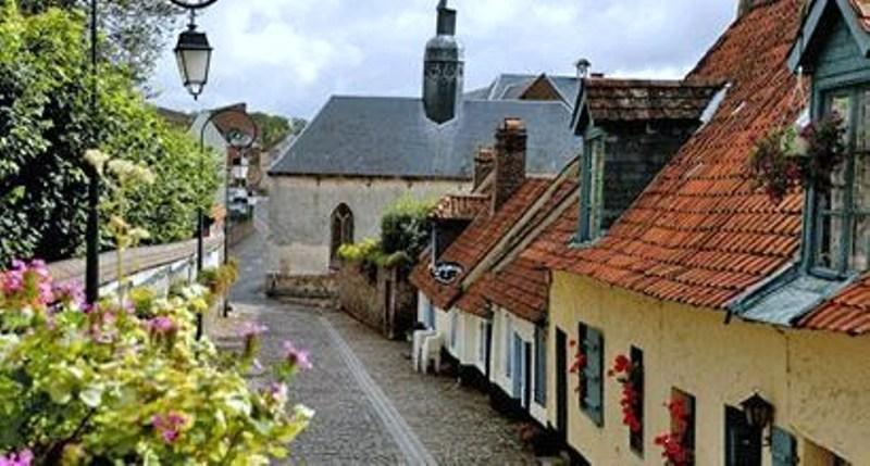 Stroll through the cobbled streets of Montreuil-sur-Mer