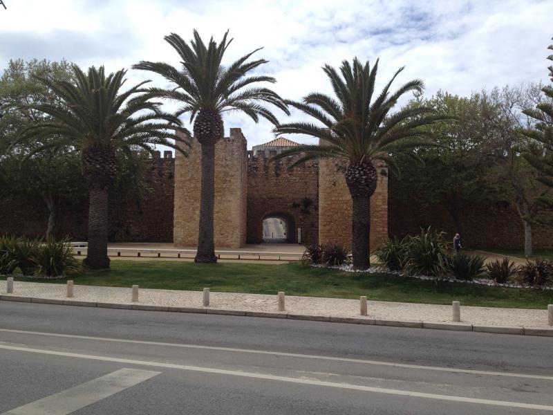 Pass the Governor Castle (Castelo dos Governadores), as you stroll into Lagos Town