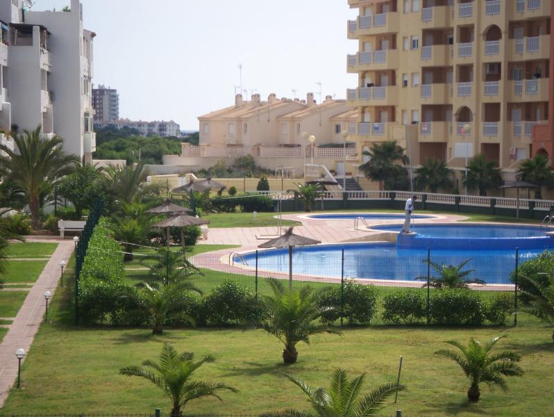 Pool & Landscaped Gardens of Marinesco II