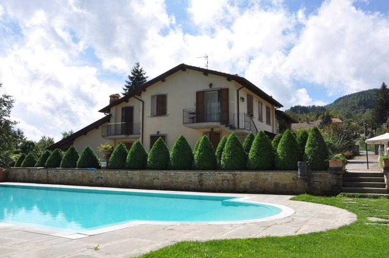 Borgo Caiano and swimming pool