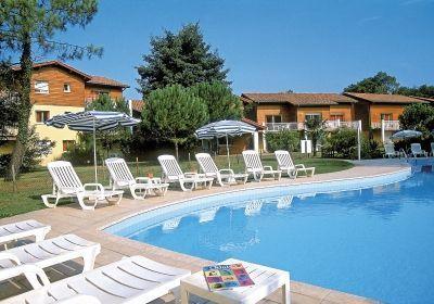 Capbreton top floor apartment - not overlooked, vacation rental in Capbreton