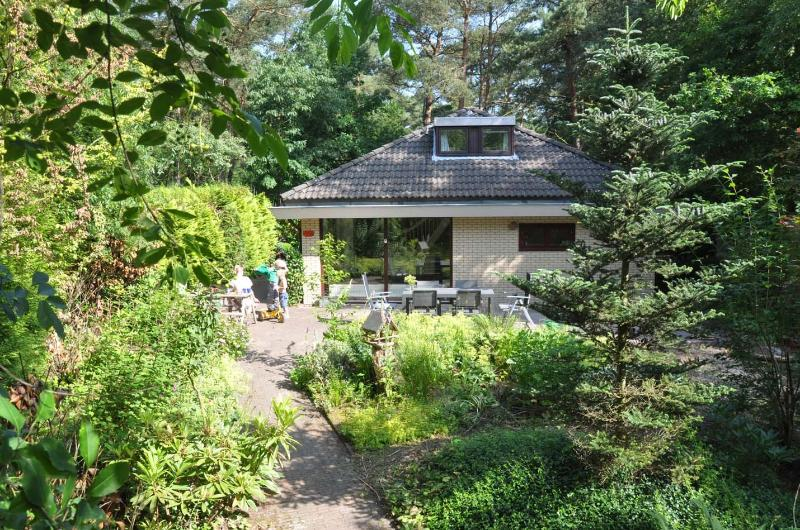 The bungalow has a large plot, with lots of privacy and sun!