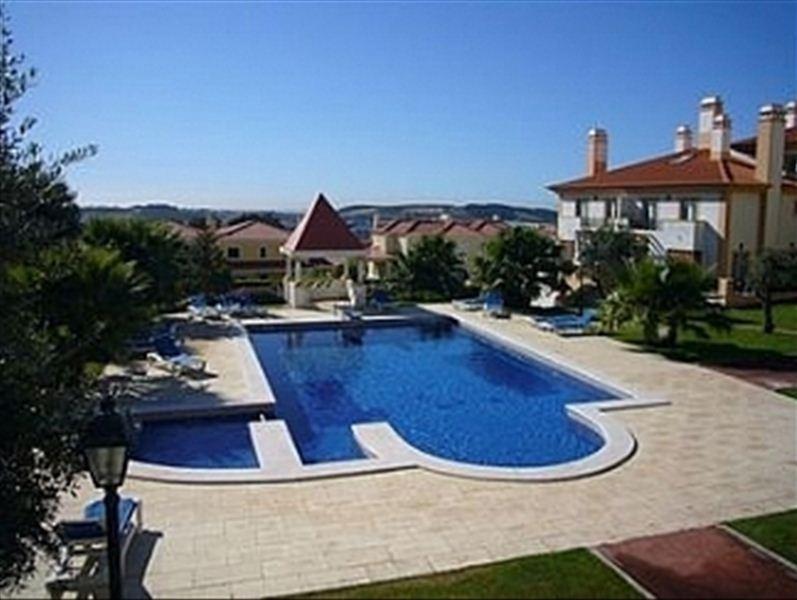 Casa Sintra, holiday rental in Galamares