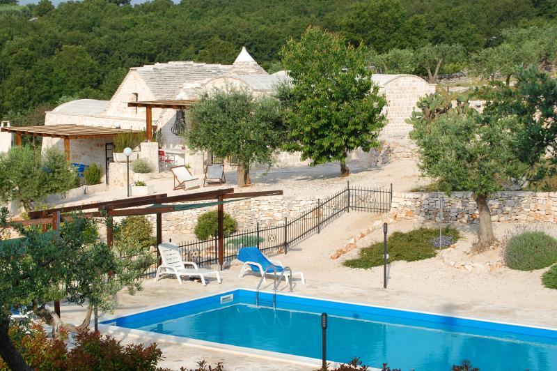 Die Trulli + pool