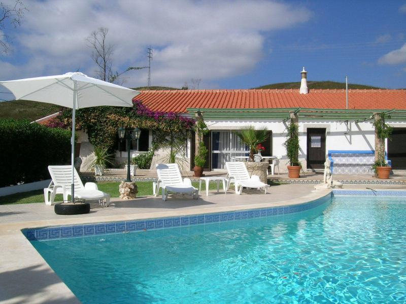 Horta da Ti´Mariana -- pool - 8 pax, vacation rental in Odiaxere