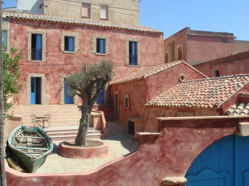 CASA TEULADA 3, holiday rental in Sardinia
