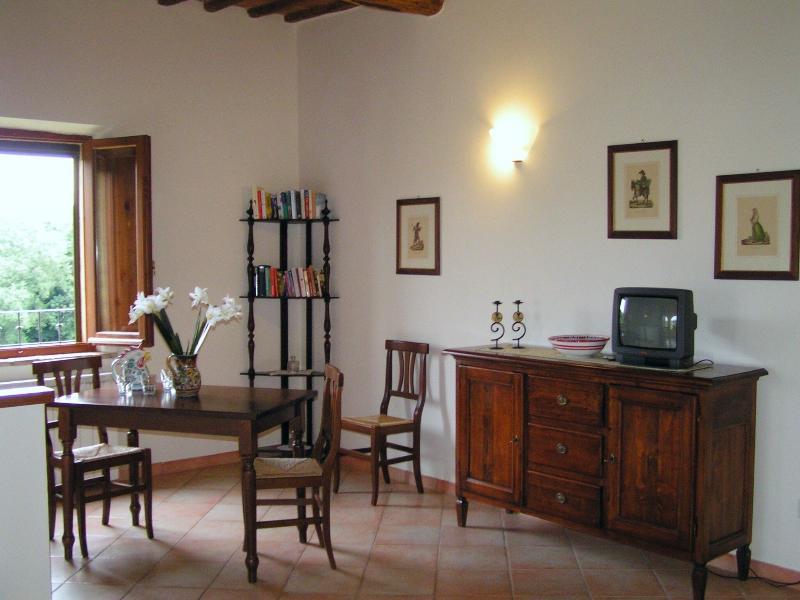 residence tana de lepri, holiday rental in Montecchio