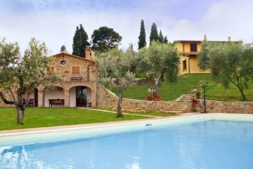 Villa ulivi & La Casina, holiday rental in Lucignano