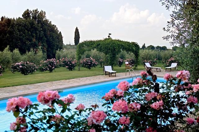 Castellare de Sernigi villa in Chianti with pool