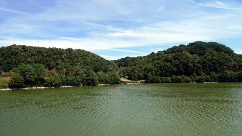 Het meer op Mervent
