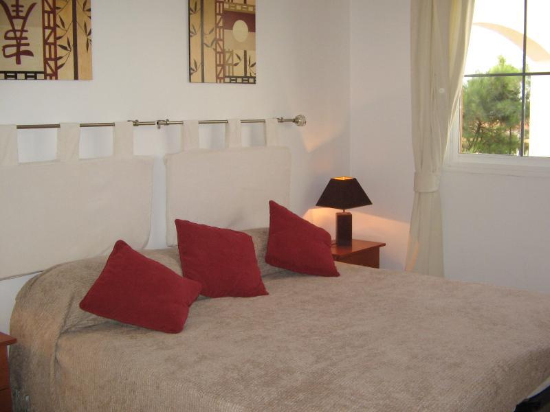 Haupt-Schlafzimmer (von 4)