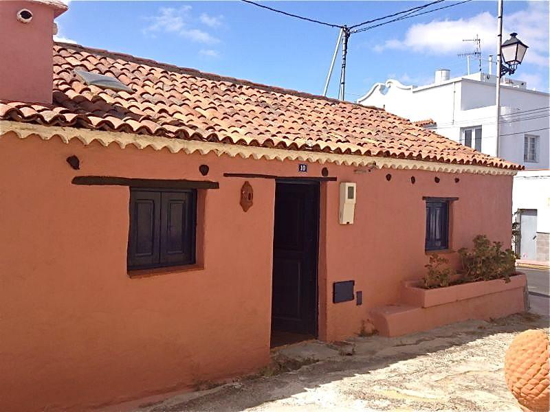 Fachada La Casa Rosa