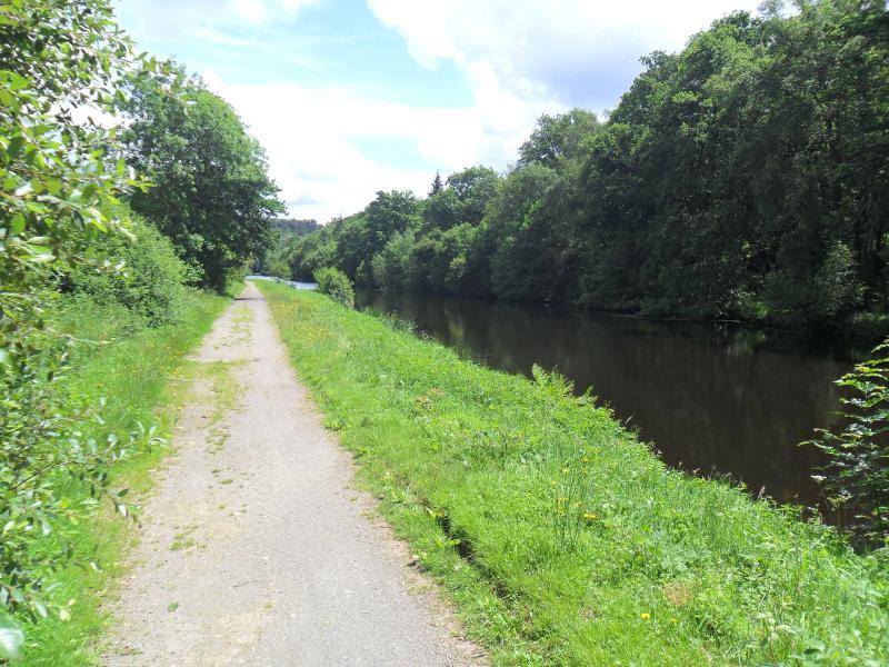 Nante - Brest canal .... rush hour !!