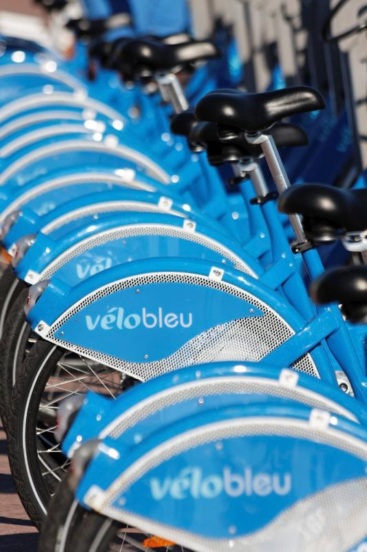 Fancy a cycle - take advantage of the city Velo Bleu