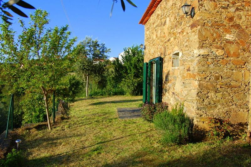 Casa de Pedra, holiday rental in Vila de Rei