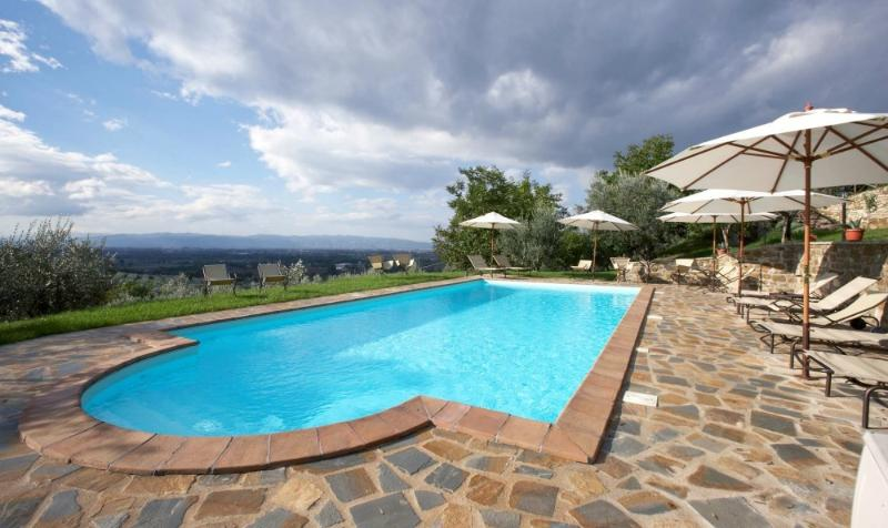 country house for 4 guests in villa, holiday rental in Petrignano d'Assisi