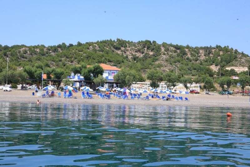 APHRODITE BEACH HOTEL & APART, holiday rental in Tavari