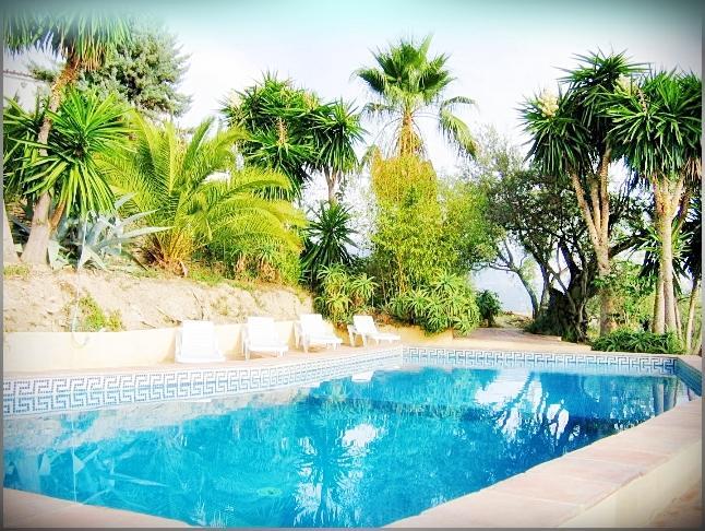 Swimming Pool Los Castillejos
