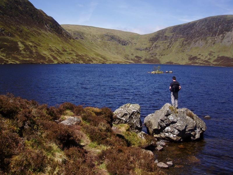 Loch Skeen - sólo una muestra de los impresionantes paisajes de oferta