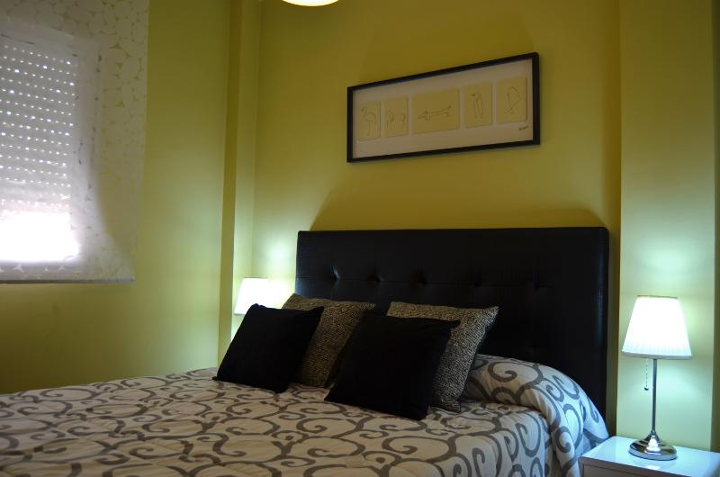 2nd bedroom with bed 150 cm