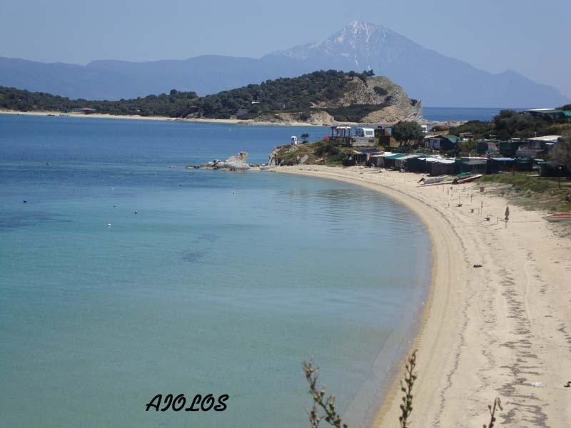 M. Ammos beach (4 km from Eolos)