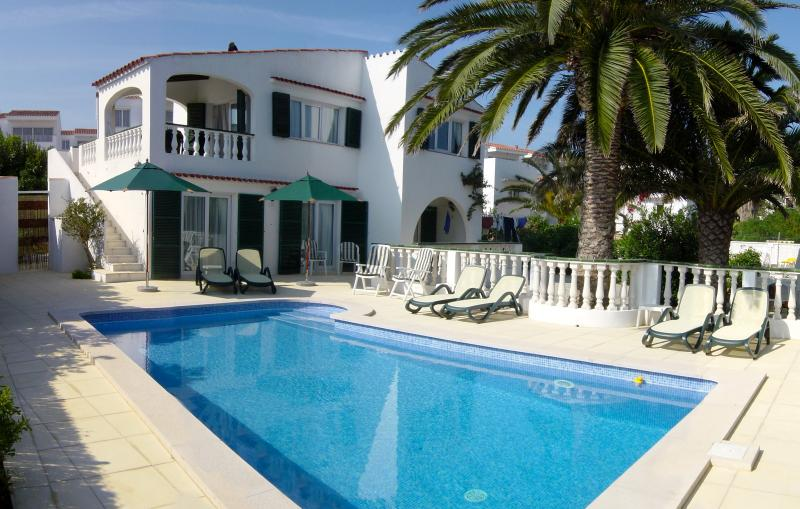 Villa - Yorkshire Rose, vacation rental in Cala Llonga