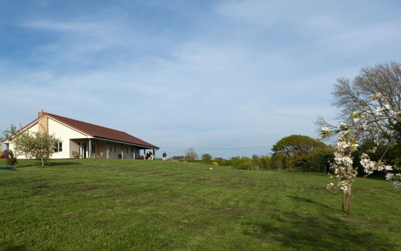 Orchard Lee May 2014, peaceful and spacious with West Wight views.  ( wheelchair friendly house).  .