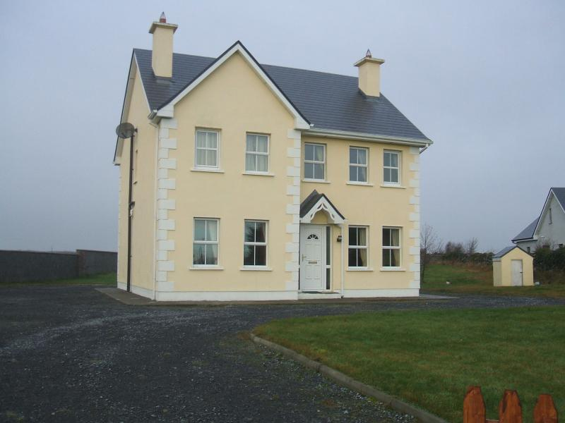 Coolefin House ,, vacation rental in Kilchreest