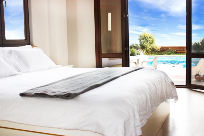 bedroom 1 with en suite wet room (super king size)