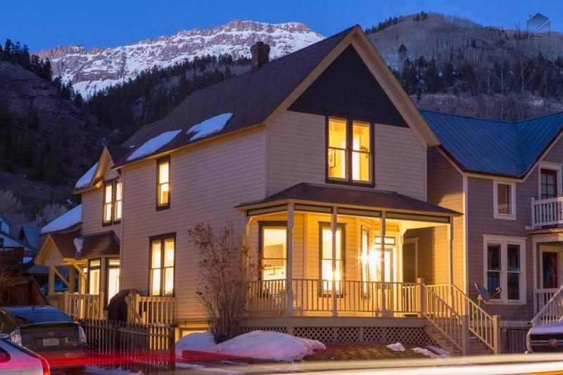 The Caskey House is right in the center of Telluride and is surrounded by majestic mountains.