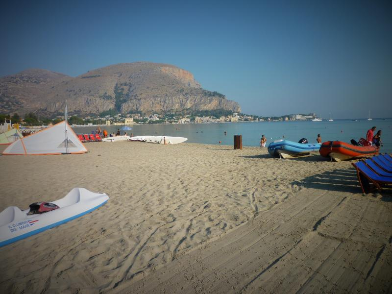 Mondello Beach vaudois
