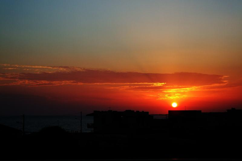fabulous sunset........-seeing every day ... from the comfort of your home