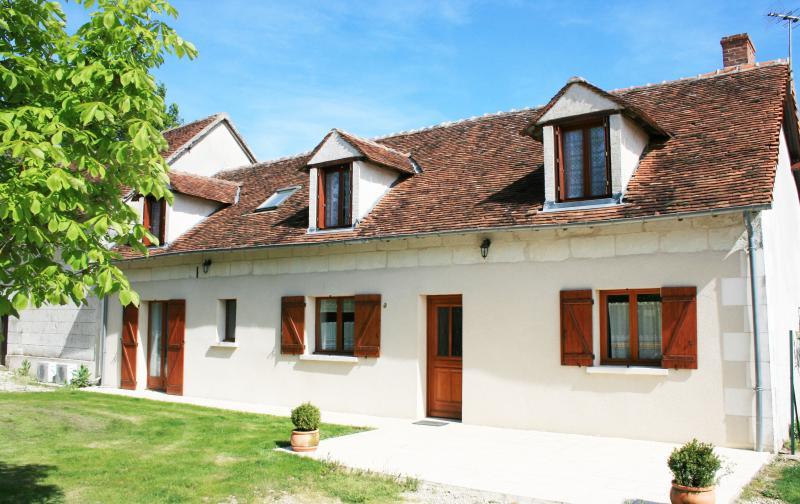 Gîte de cere, holiday rental in Cere La Ronde