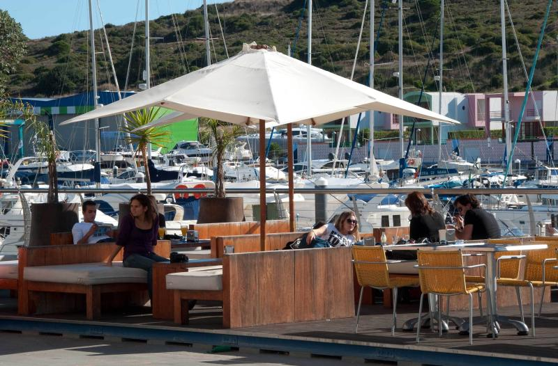 Relax, wine and dine on the Marina boardwalk