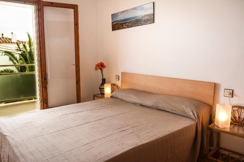 Apartamento Buc 2-2, vacation rental in Empuriabrava