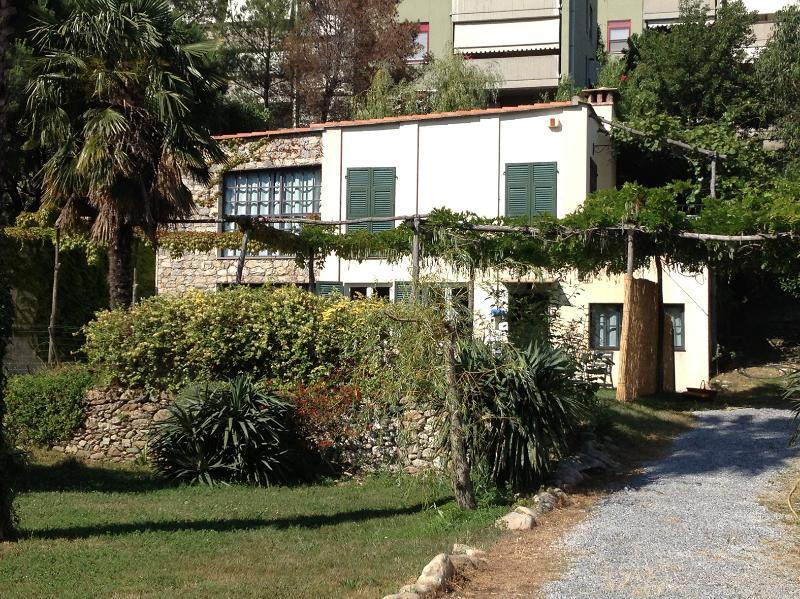 Spotorno La Magiarda, holiday rental in Bergeggi