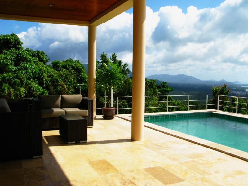 Amera Luxury Villa's, location de vacances à Province de Ranong