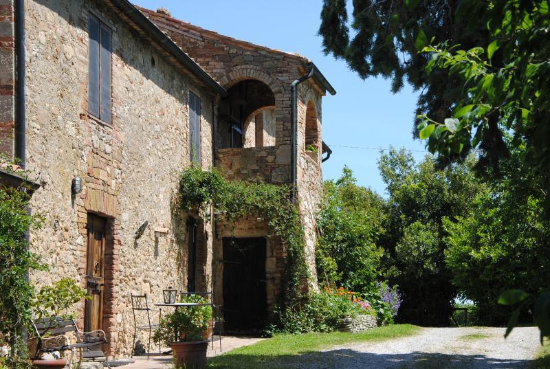 Il Susino della Fonte si trova al piano terra del casale. Ha accesso indipendente dal giardino.