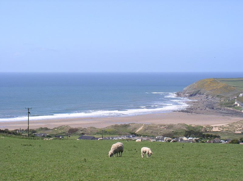Croyde Bay surrounded by green Devon hills