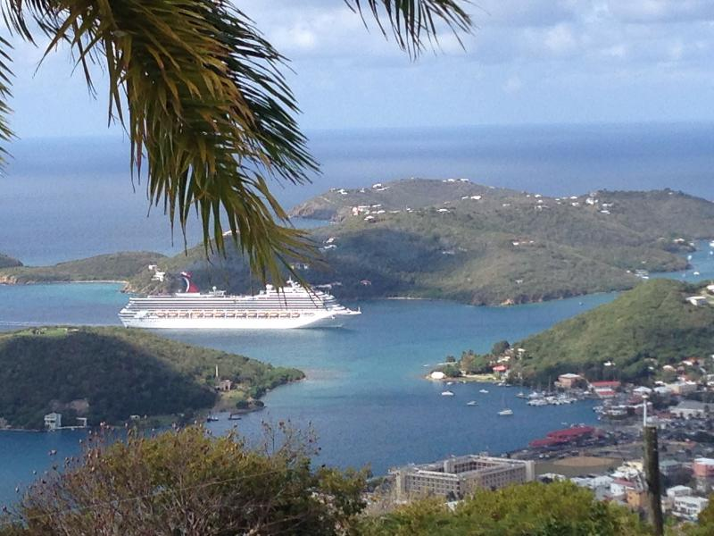 Early morning traffic in St. Thomas
