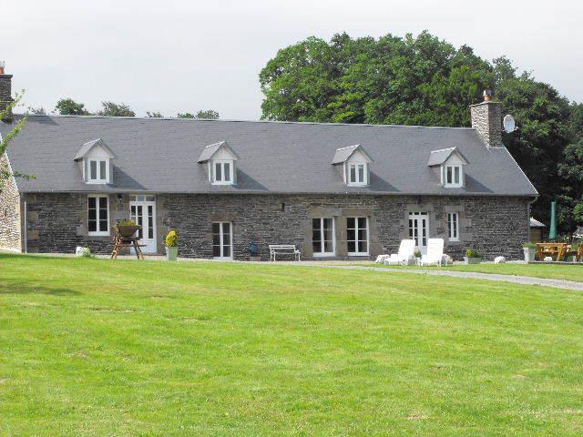 Le Ravillon - exterior view